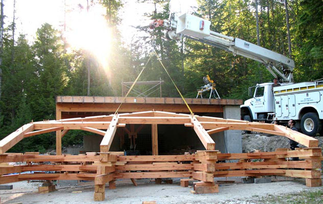 trc-timberworks-blog-frame-raising-with-crane